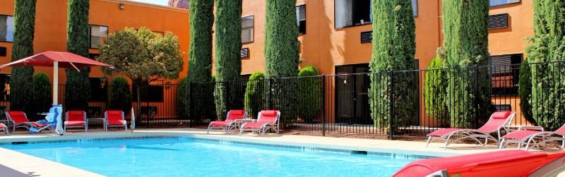 holiday-inn-express-sedona-4419979592-16x5
